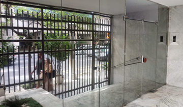 Insulfilm Espelhado em Portaria de Apartamento em Copacabana