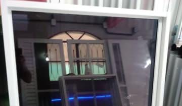Insulfilm G5 aplicador em janelas de vidros (soltas) Tijuca RJ
