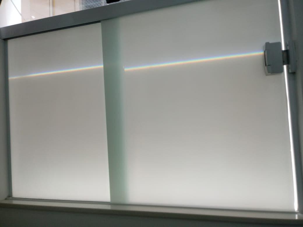 Insulfilm-Jateado-em-janela-de-Vidro-em-Copacabana-RJ-1.jpg